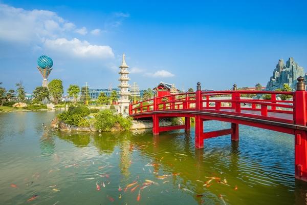 Công viên Nhật Bản Zen Park thuộc bộ 3 cộng viên liên hoàn được đầu tư công phu rất được lòng cộng đồng cư dân quốc tế